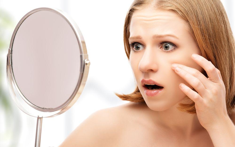 STUDIU: Un nou tratament impotriva acneei, sub forma unei spume antibiotice, testat cu succes