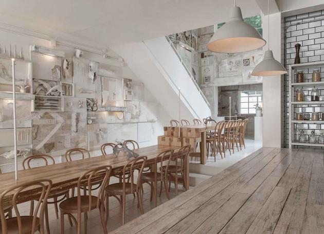 Multi oameni s-ar feri sa manance intr-un astfel de loc. De ce atrage mii de clienti restaurantul cu cele mai bizare decoratiuni - FOTO