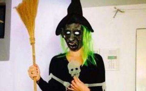 Andreea Esca s-a deghizat asa de Halloween si nimeni nu a mai recunoscut-o. Cum s-au costumat Nicole Cherry, Andreea Banica si Laura Cosoi
