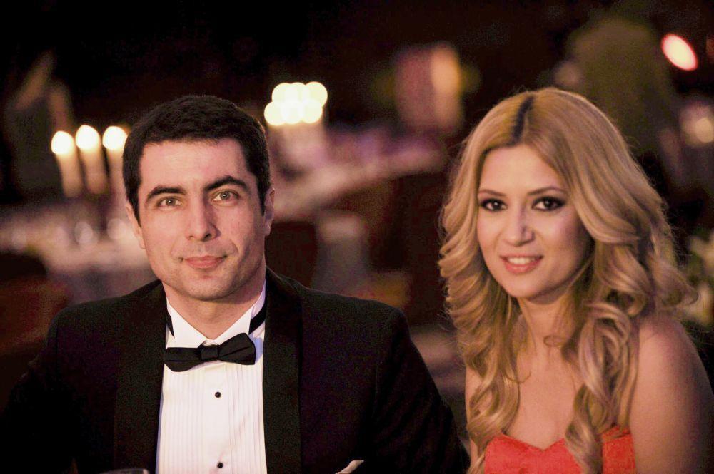Un cuplu deja celebru de prezentatori, Amalia Enache si Cristian Leonte, gazdele Hope Ball 2014