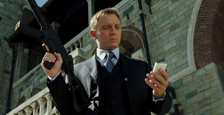 James Bond l-a facut un sex simbol, dar nu a fost intotdeauna atat de atragator. Transformarea uriasa a lui Daniel Craig