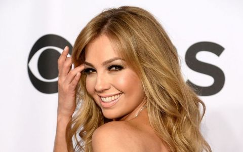 Fata nevazuta a reginei telenovelelor mexicane. Cum arata Thalia fara urma de machiaj pe chip