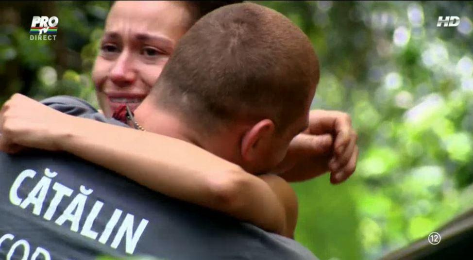 Concurentii au cedat, sarbatoarea a devenit suferinta pentru ei. De ce s-au emotionat toti pana la lacrimi de Dragobete