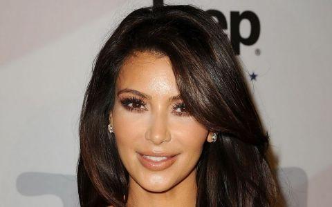 Adevarul despre parul stralucitor si matasos al lui Kim Kardashian. Ce detaliu a fost facut public