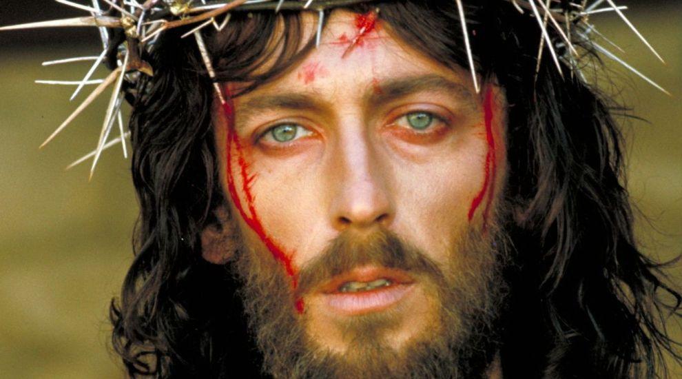 Cum arata acum actorul din Iisus din Nazaret. Robert Powell, la 41 de ani de la aparitia filmului lui Franco Zeffirelli