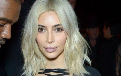 Ea este noua sosie a lui Kim Kardashian. Cum arata bruneta voluptoasa care seamana izbitor cu vedeta