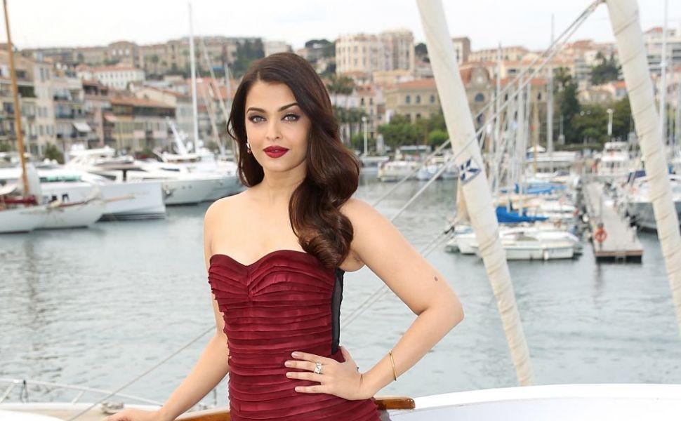 Cine este considerata cea mai frumoasa femeie din lume