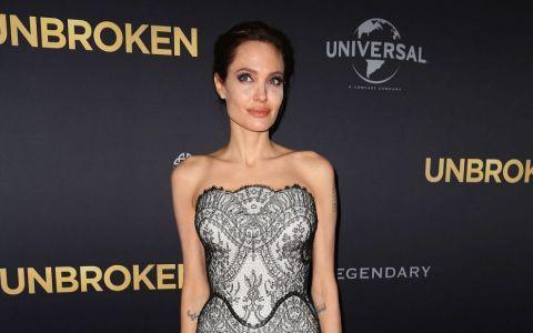 Angelina Jolie si gemenii ei, la cumparaturi. Cum arata doi dintre cei mai adorabili copii de la Hollywood