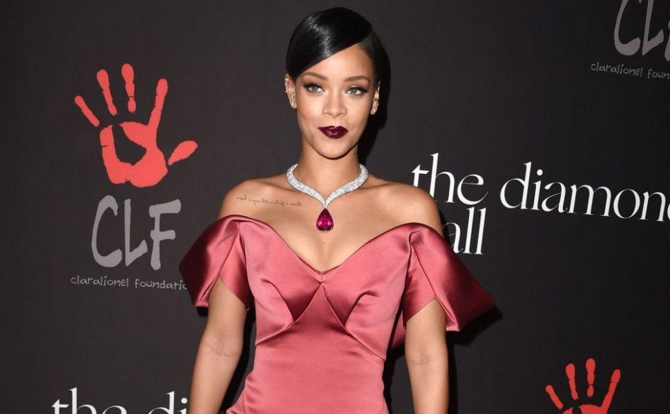 Primele aparitii pe covorul rosu ale vedetelor. Cum aratau la inceputul carierei Rihanna sau Justin Bieber