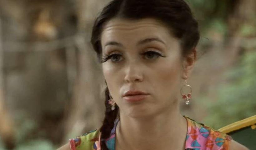 "Gianina din ""Las Fierbinti"", asa cum nu ai mai vazut-o pana acum! Cum arata Anca Dumitra fara urma de machiaj pe chip"