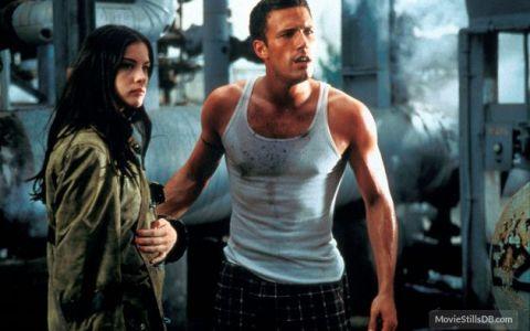 Filme pe care trebuie sa le vezi neaparat o singura data, in adolescenta, si de care apoi sa uiti complet