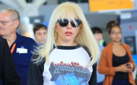 A fost imbracata atat de elegant, incat putini au recunoscut-o! Lady Gaga a renuntat la excentricitati