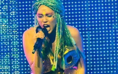 Miley Cyrus, schimbarea de look pe care fanii o adora. Prin ce transformare a trecut cantareata