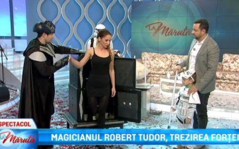 Magicianul Robert Tudor si David, costumati la aniversarea lui Catalin Maruta. Cum s-au distrat in platoul emisiunii