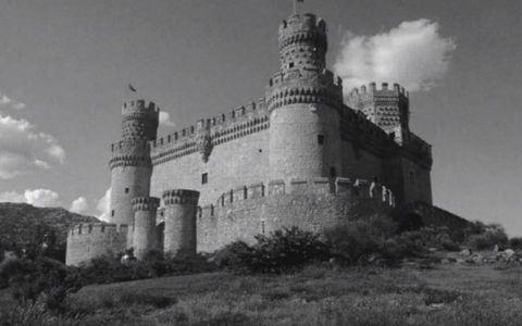 Pare un simplu castel, dar ce se intampla daca privesti fara sa clipesti punctul din centrul imaginii cateva secunde