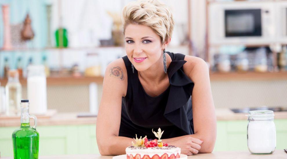 "Simona Pope, despre calitatea de jurat la ""Bake Off Romania"". Care este primul desert pe care a invatat sa il faca"