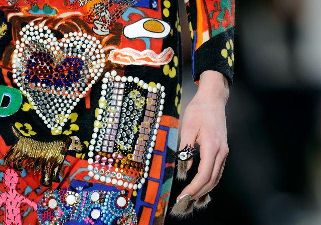 Ultima moda in materie de manichiura? Un nou model de unghii a devenit popular printre vedete. Cum arata