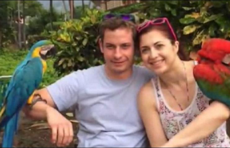 Pareau cuplul perfect pana cand a vazut cu cine vorbeste sotul ei pe internet. Viata i s-a schimbat intr-o secunda