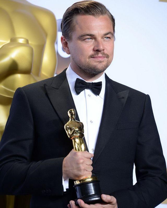 Despre ea se spune ca e noua cucerire a lui Leonardo DiCaprio. Cine e si cum arata blonda care l-ar fi cucerit pe actor