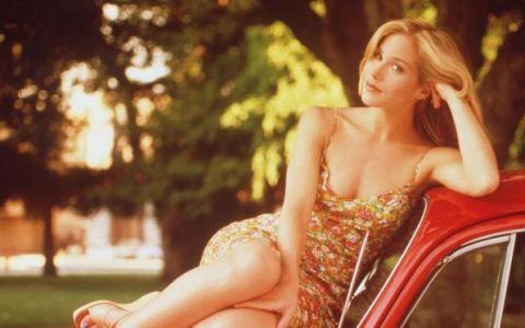 O mai tineti minte pe Kelly Bundy? Dovada faptului ca frumoasa actrita s-a transformat intr-o adevarata doamna
