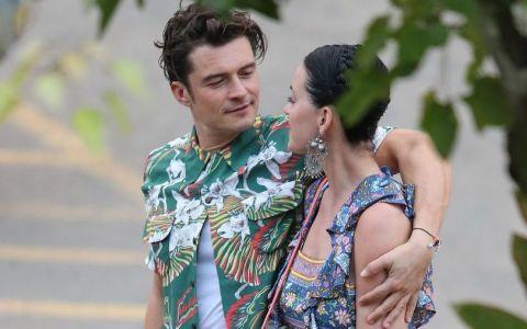 Nu isi poate dezlipi mainile de pe ea. Orlando Bloom, pur si simplu hipnotizat de noua iubita, Katy Perry