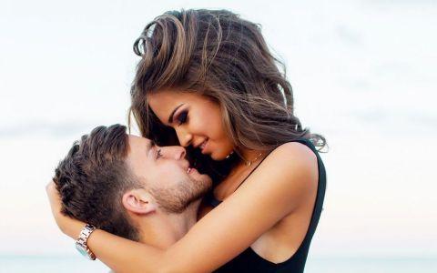 8 lucruri pe care barbatii nu se mai satura sa le auda de la iubitele lor