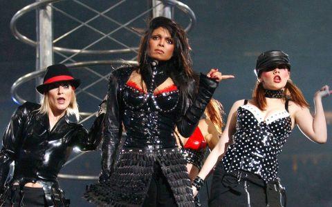 Prima aparitie publica a lui Janet Jackson dupa ce s-a spus ca e insarcinata. Cum arata vedeta
