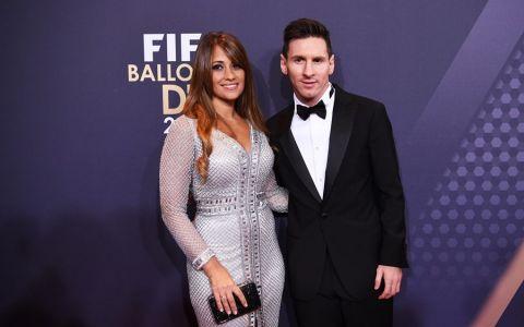 Messi si iubita lui si-au facut tatuaje identice. Vezi cum arata desenul care dezvaluie legatura speciala dintre cei doi