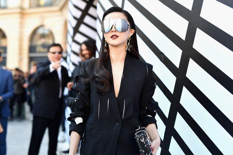 Cine este tanara care le-a depasit pe Charlize Theron si Mila Kunis in topul celor mai bine platite actrite din lume