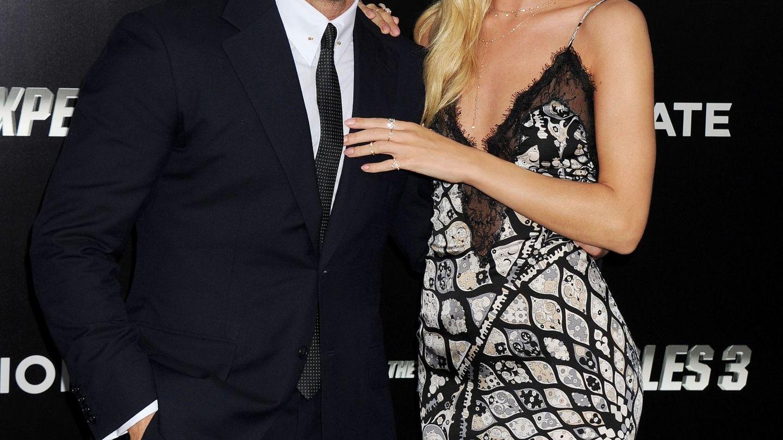 Acum e supermodel si logodnica lui Jason Statham. Cum arata Rosie in urma cu 10 ani, la debutul in cariera
