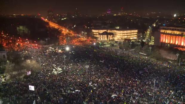 Protestele continua in Bucuresti si in tara. Cele mai noi informatii sunt pe www.stirileprotv.ro
