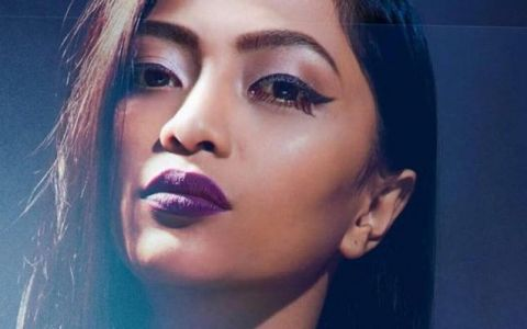 Finalista sezonului sase Romanii au talent, Bella Santiago, lanseaza single-ul de debut si videoclipul  Unpredictable
