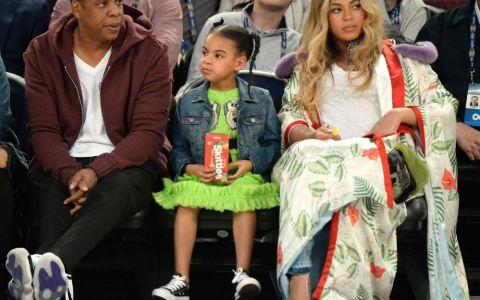 Suma fabuloasa pe care au platit-o Beyonce si Jay-Z pentru rochita lui Blue Ivy. Cat au dat pentru o tinuta a micutei