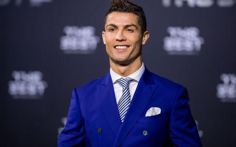 Cristiano Ronaldo, posesorul unei masini la care multi doar viseaza. Cat costa bolidul din garajul fotbalistului