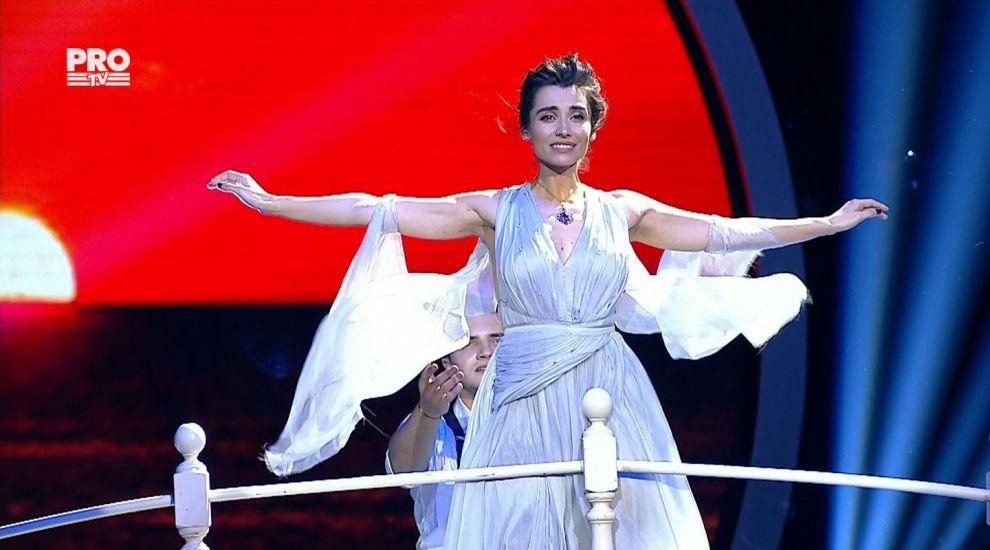 Lili Sandu si Iulian Turcanu au adus atmosfera din Titanic la Uite cine danseaza!