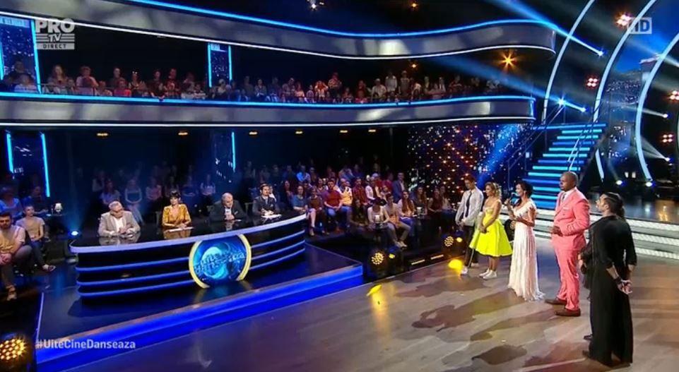 Un duel incarcat de emotie! Roxana Ionescu si Andrei Mangra au parasit show-ul Uite cine danseaza!