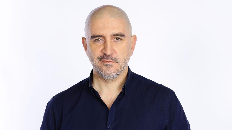 Razvan Exarhu, juratul MasterChef, lanseaza joi prima lui carte -  Fericirea e un ac de siguranta