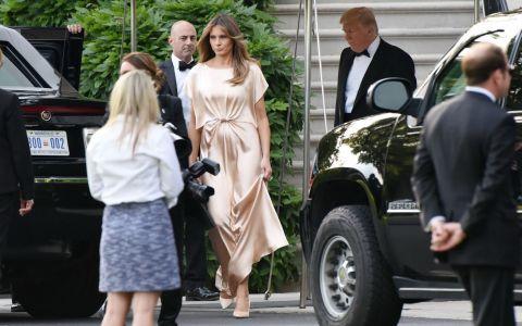 Melania Trump incearca sa salveze aparentele. Pe net circula poze nud cu ea, dar a aparut asa la un eveniment monden