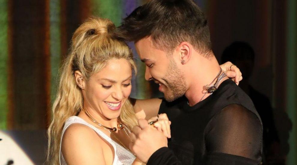 Shakira sau nu? Cum arata tanara care CHIAR seamana perfect cu artista. Putini sunt cei care le pot deosebi