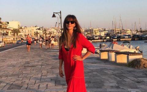 Adela Popescu, imagini inedite din vacanta. Cum s-a fotografiat prezentatoarea emisiunii Vorbeste Lumea