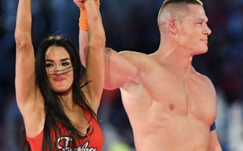 Oare John Cena a vazut-o? Cat de sexy s-a imbracat Nikki Bella! Luptatoarea a aparut irezistibila alaturi de geamana sa