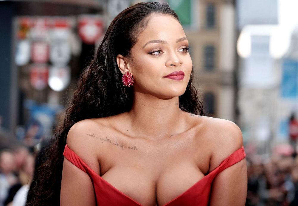 Este una dintre cele mai iubite vedete ale momentului si castiga sume fabuloase! In ce isi investeste Rihanna banii