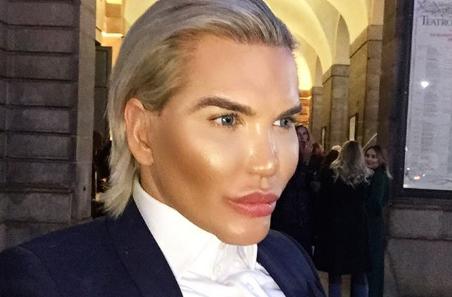 A fost retinut in Dubai pentru ca nu mai arata deloc precum in poza din pasaport. Rodrigo Alves a ajuns de nerecunoscut