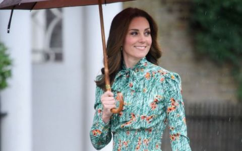 Kate Middleton a renuntat pentru cateva ore la tinutele elegante. Cum arata Ducesa de Cambridge intr-un costum sport