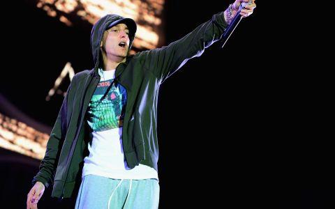 Cum a incercat Eminem sa isi gaseasca jumatatea in cei 10 ani de la divort