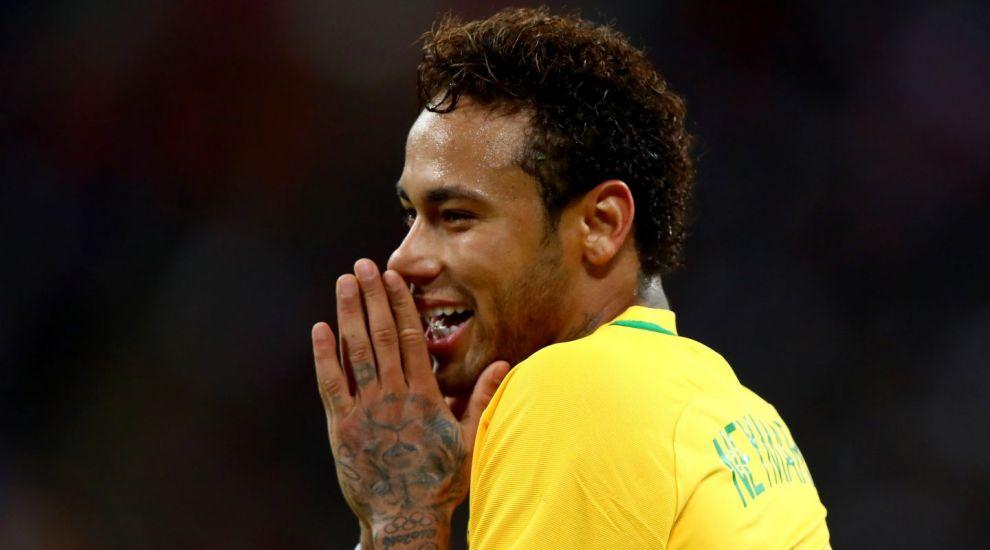 O publicatie din Brazilia a scris ca Neymar nu mai poate face copii. Brazilianul le-a comentat personal la postare