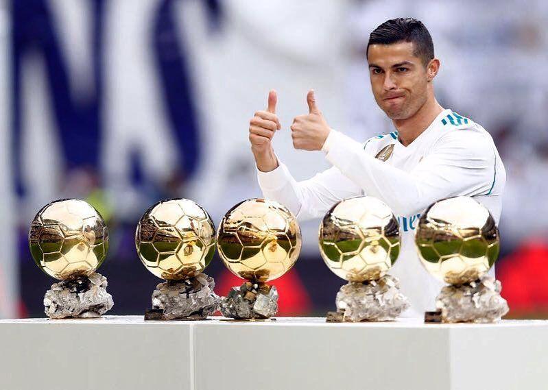 TOP 10 fotbalisti cu avioane personale! Ronaldo si Messi se lupta si aici :) Cine a castigat