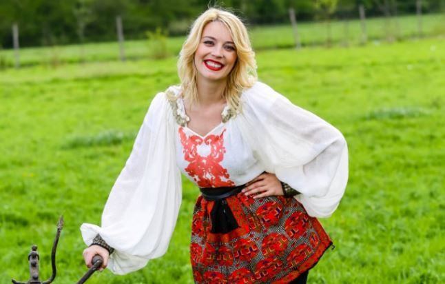 Diana Dumitrescu intra in Ferma Vedetelor. Ce a declarat actrita