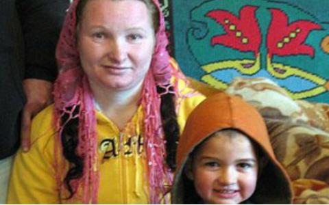 Este cea mai tanara bunica din lume traieste in Romania. Ce varsta are femeia