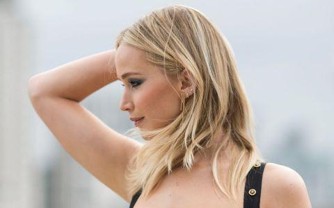 Jennifer Lawrence, aparitie spectaculoasa. Cum arata tinuta care a atras toate privirile